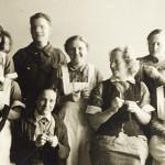Kirvun sotasairaalassa: Tauko hoitajien asuntolassa